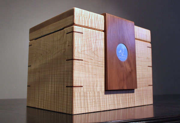 The Lancelot cigar humidor