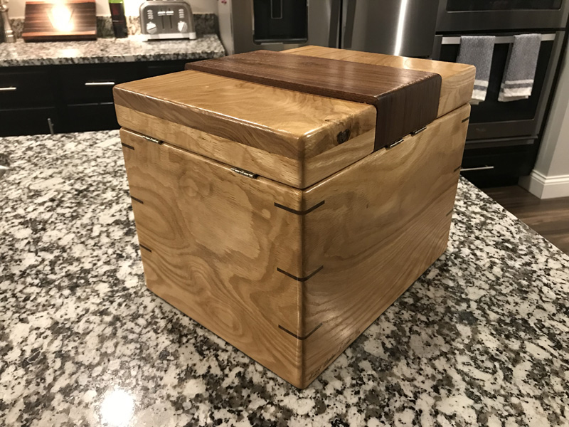 The Lancelot #024 - Desktop Cigar Humidor