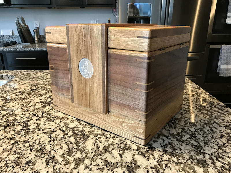 The Lancelot #019 - Desktop Cigar Humidor