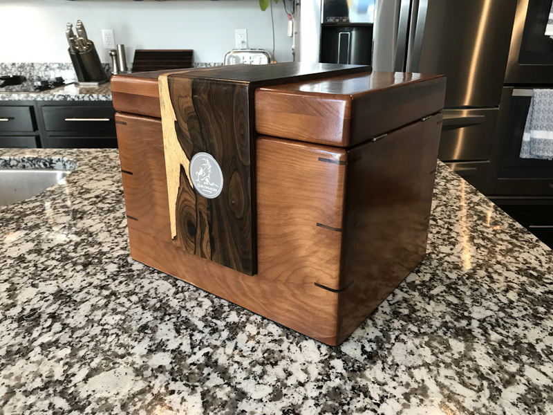 The Lancelot #022 - Desktop Cigar Humidor