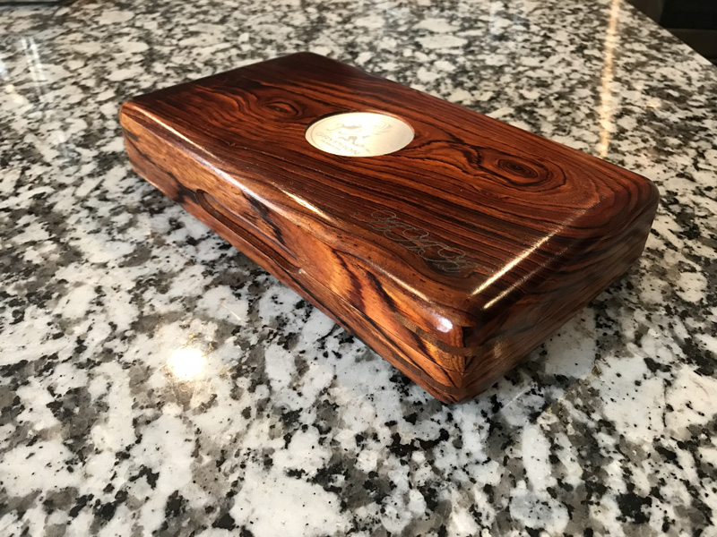 The Camelot #052 - Travel Cigar Humidor