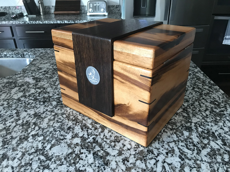 The Lancelot #032 - Desktop Cigar Humidor