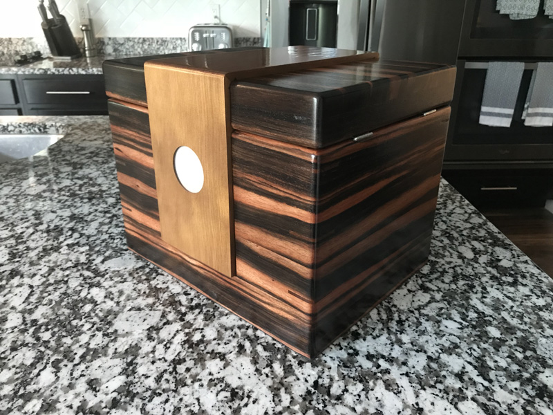 The Lancelot #029 - Desktop Cigar Humidor
