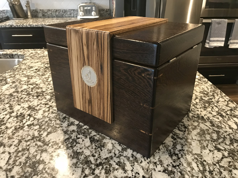 The Lancelot #033 - Desktop Cigar Humidor